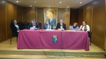 """Entrega del Título """"Asturiana Universal"""" a la Fundación Archivo de Indianos-Museo de la Emigración"""