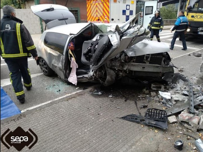 Accidente de tráfico en Mieres