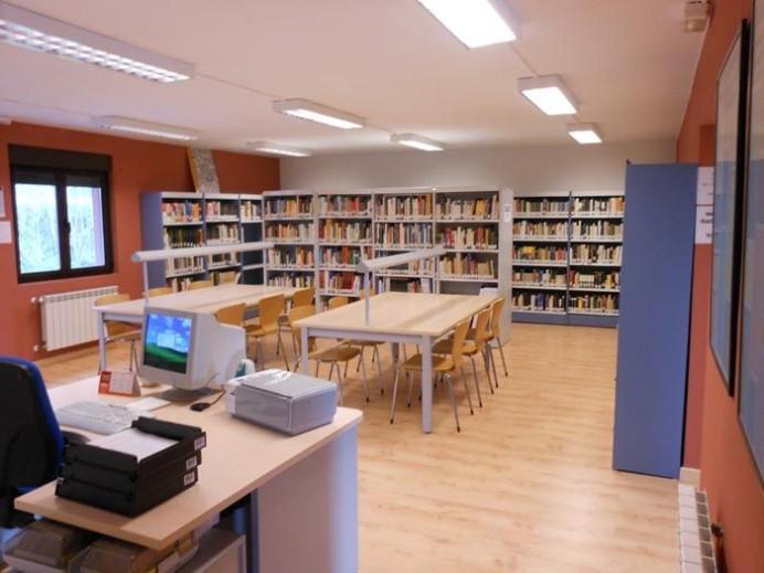 Adquisición de Libros para la Biblioteca de Caravia