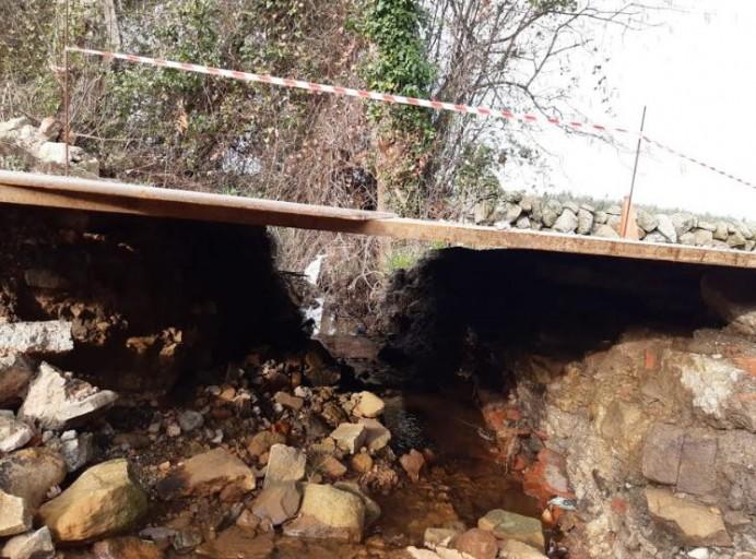 Cs Colunga exige al equipo de gobierno que concluya las obras del camino público de Los Caleyones, que une las localidades de Luces y Lastres