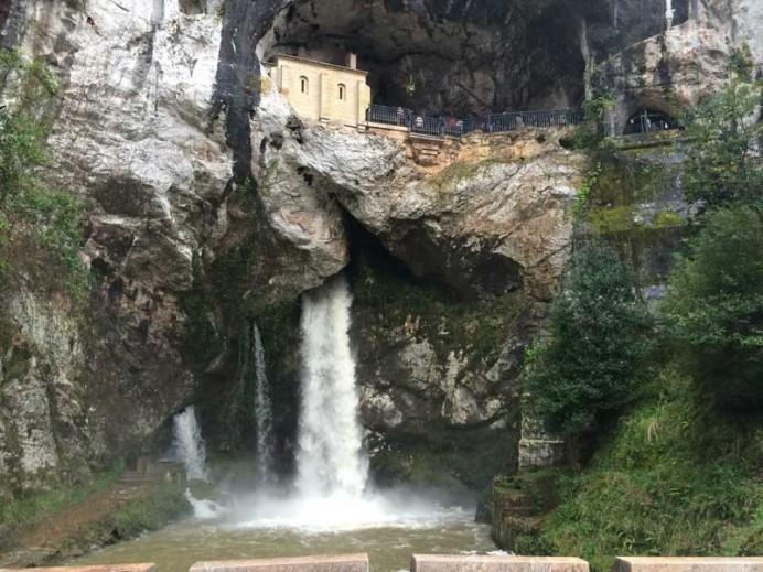 Presentación de la asociación Amigos de Covadonga