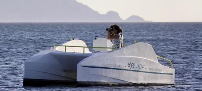 Catamarán eléctrico en Villaviciosa