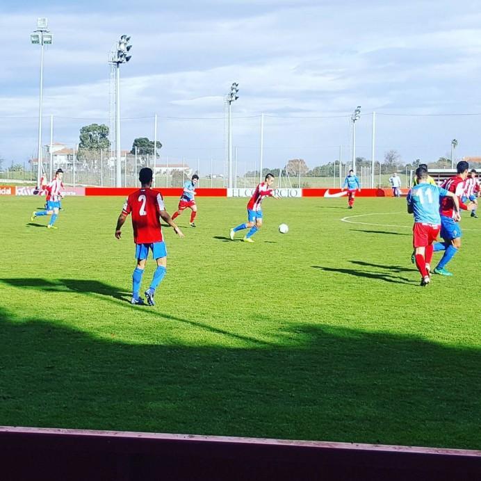 Real Sporting de Gijón B  4  -  C.D. Colunga 0