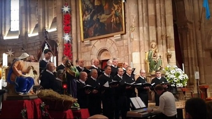 El Coro San Roque cantó en la Basílica de Covadonga (vídeos)