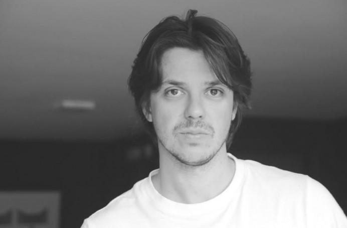 Andrés Goteira presenta en Laboral Cinemateca su primer largometraje Dhogs