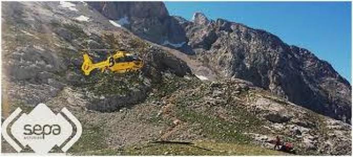 Rescatado un varón infartado en la Montaña de Onís