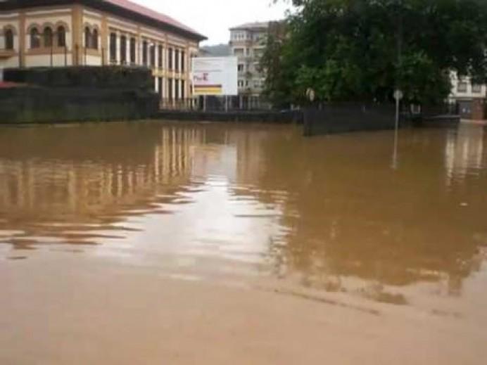 Infraestructuras culminará en septiembre los estanques de tormentas que mejoran el tratamiento de las aguas de Villaviciosa
