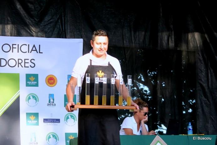 Jorge Vargas gana el I Concurso de Escanciado de Lastres