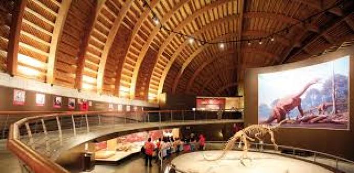Jornadas de puertas abiertas navideñas en el Museo del Jurásico de Asturias