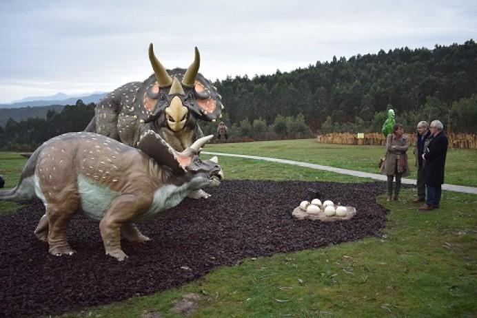 Ludoteca de Navidad en el Museo Jurásico de Colunga