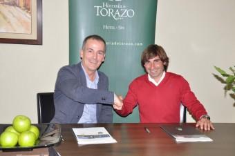 El C.D. Lealtad de Villaviciosa firma un convenio de colaboración con la Hostería de Torazo.