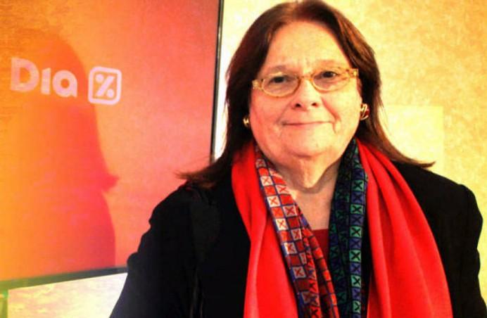Ana María Llopis, llastrina de adopción