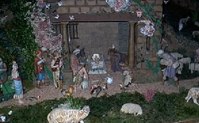 El Nacimiento de Lastres ya está montado en la Iglesia