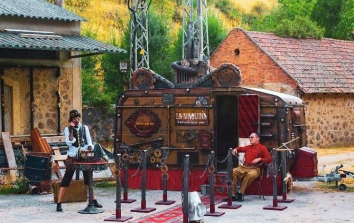 Teatro, magia, clown y títeres en los Rincones y Recovecos  de Laboral Ciudad de la Cultura