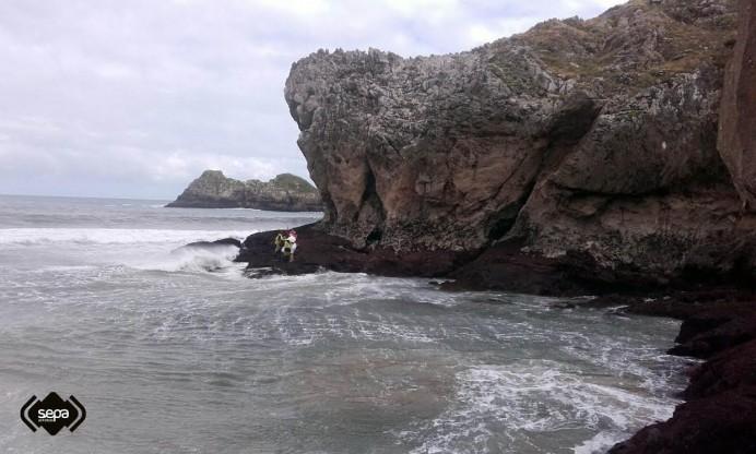 Rastreo marítimo en Llanes