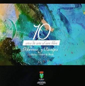 Libro conmemorativo de los 10 años de pintura al aire libre de la localidad de Bueño