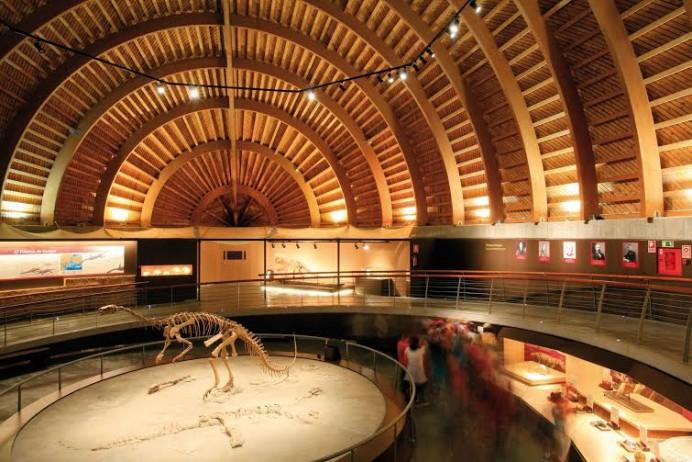 Semana Santa en el Centro Tito Bustillo y en el Museo del Jurásico de Asturias
