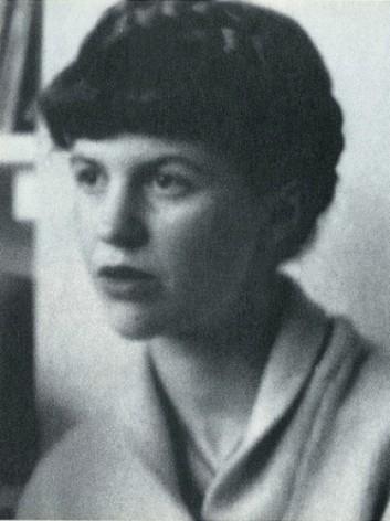Sylvia Plath, la poeta americana de la que habla Amanda Castro en su libro 'Sylvia Plath, la luz del genio silenciado'