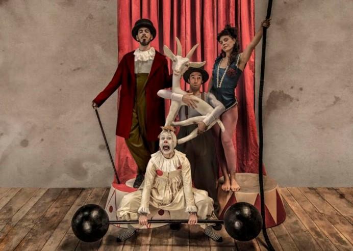 La Maquiné preestrena Acróbata y Arlequín en el Teatro de la Laboral