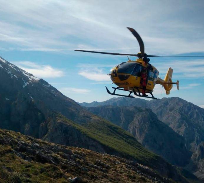 Rescate de montaña en La Tenerosa, Cabrales